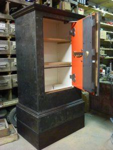 Image d'un coffre-fort ancien